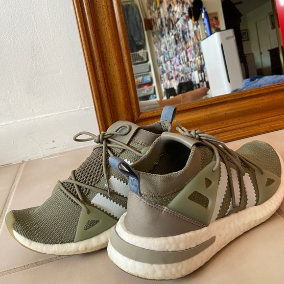 adidas Shoes   Original Arkyn Runner